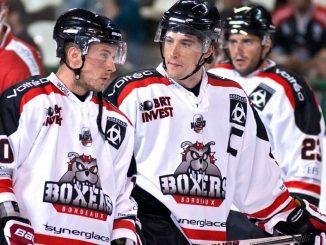 3 joueurs de l'équipe de hockey des boxers de bordeaux